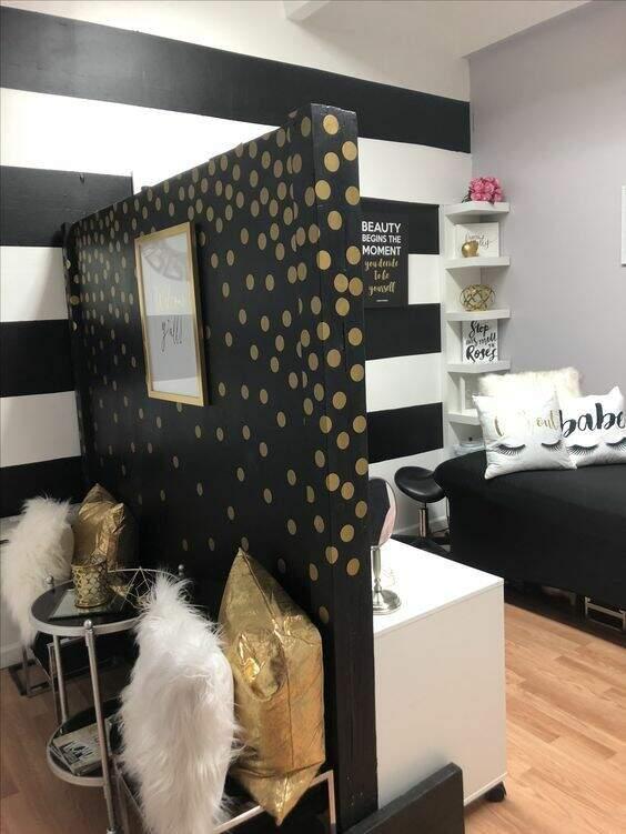 Decoração para salão de beleza: Divisórias personalizadas